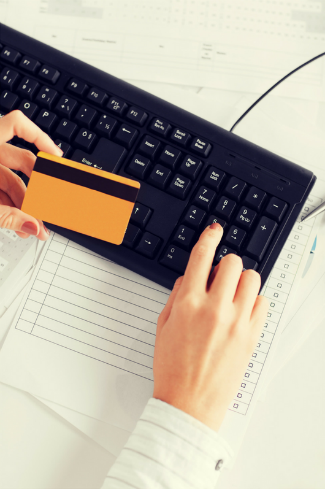 Why Should Your Business Apply for a Credit Card