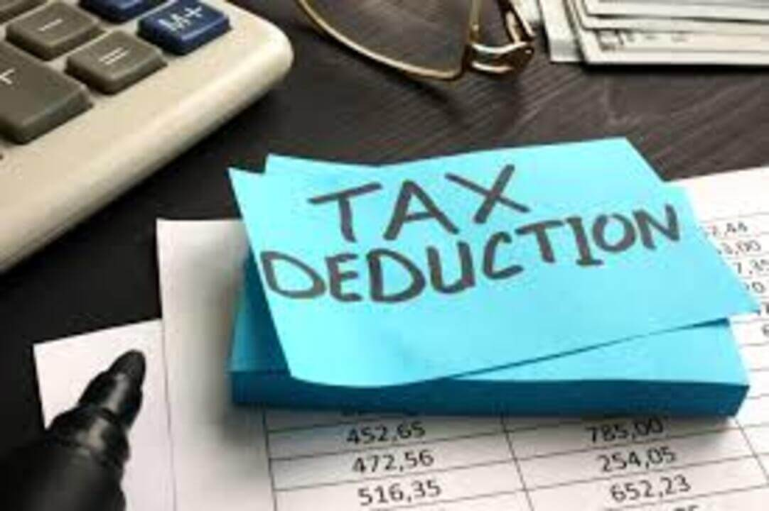12 Explosive Tax Deductions for Restaurant Owners